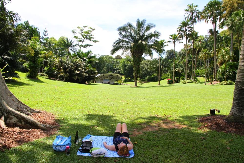 Praised Botanic Gardens (2/6)