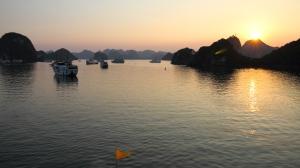 Vietnam_2015_HaLong_iltamaisema14_w