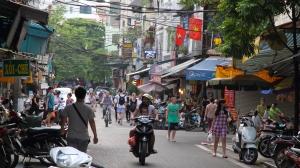 Vietnam_2015_Hanoi_katu2_w